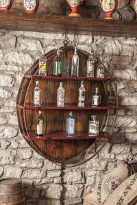 Art. 628, Armoire murale, porte-bouteille, pour les bars et restaurants