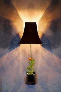 Art. 2134-01-00, Applique en verre avec cactus