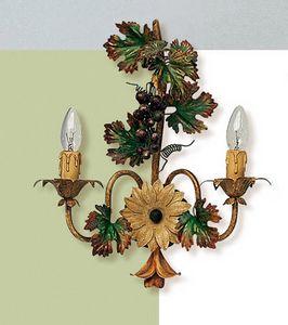 L.5190/6, Applique avec des décorations en forme de grappe de raisin
