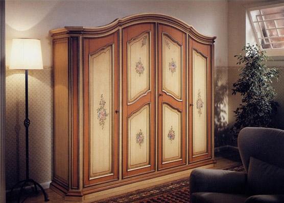 Avignone, Armoire de style classique, 4 portes avec des décorations faites à la main