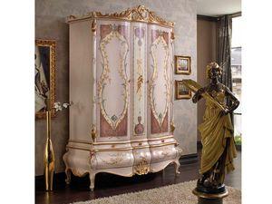 Marie Claire Armoire, Armoire avec portes décorées à la main