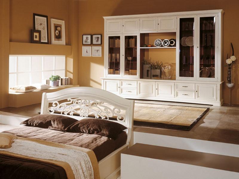 Art.109/L, Cabinet en bois laqué blanc, avec des portes en verre