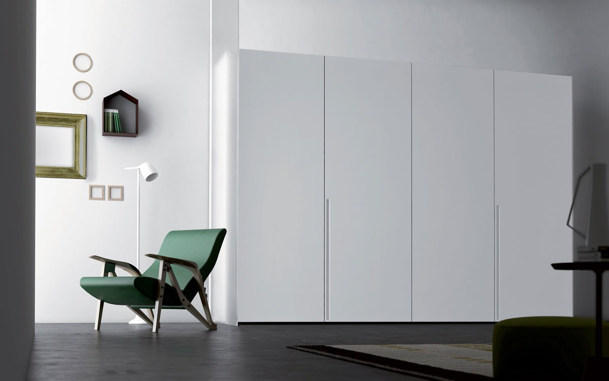 Tratto, Armoire design des vêtements dans le style essentiel