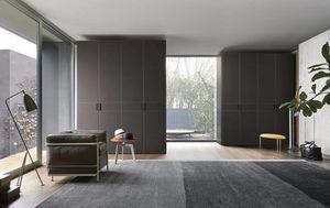Eco, Armoire avec portes recouvertes de cuir