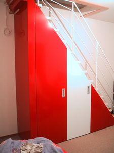 Sous-escalier sur mesure placard, Placard sous l'escalier, tailormade