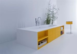 Joy baignoire, Baignoire avec un système d'armoires