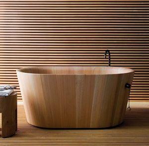 Ofurò, Baignoire en bois dans le style japonais