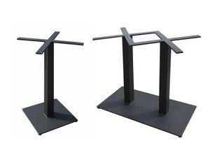 Bar, Bases en fer pour tables de bar
