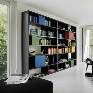 Modo M5C85, Bibliothèque avec conteneurs colorés