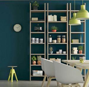 Step – Mood 4, Bibliothèque en bois avec un design minimaliste