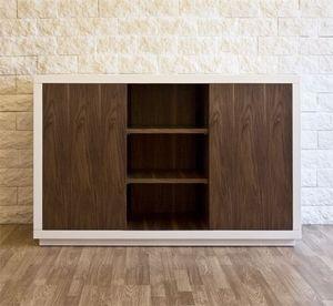 Art. 1506 Petra, Sideboard en bois laqué, avec des étagères en noyer mobiles