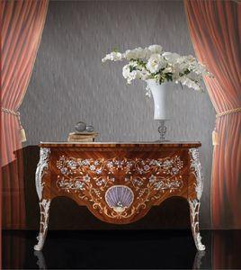 Art. 396, Buffet de bois de luxe, avec 2 tiroirs, sculpté à la main
