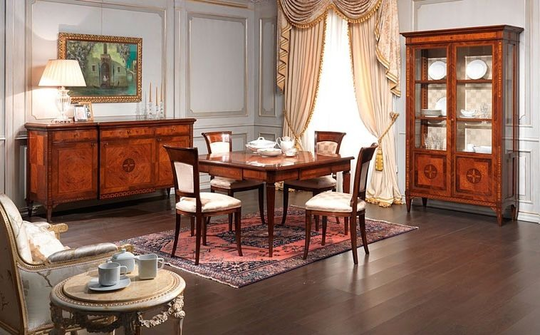 Art. 910 sideboard, Buffet de style classique, en bois de noyer, de salle à manger