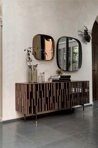 DROPS  programma, Armoires à portes et côtés effet miroir et des détails en bois