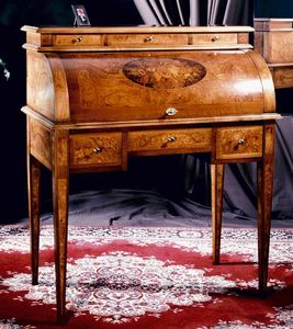 Art. 180 Musica, Secrétaire en bois précieux