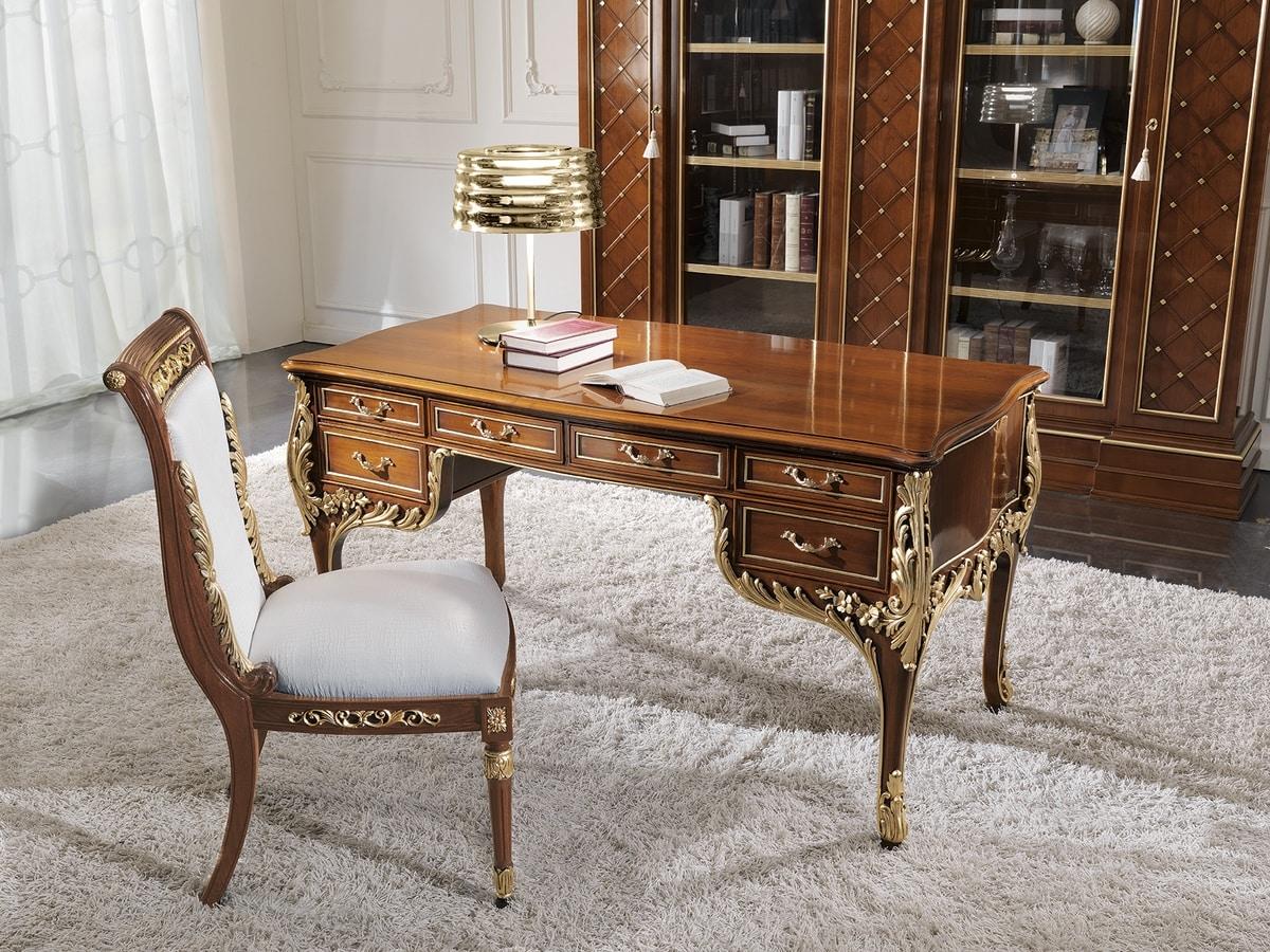 bureau classique en bois idfdesign. Black Bedroom Furniture Sets. Home Design Ideas