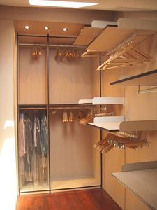 Vestiaire 05, Dressing dans la chambre sous-toiture