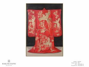 Red Kimono, the tradition of Kyoto - MT618, Oeuvre avec décorations à la feuille d'or
