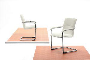 Silla 01, Chaise avec piètement cantilever pour le bureau