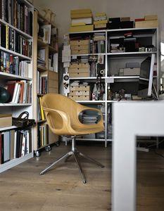 Elephant Trestle Base leather, Chaise en cuir avec base pivotante avec rayons