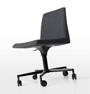 Plate 50 with Castors, Chaise de bureau en polyuréthane revêtu de tissu