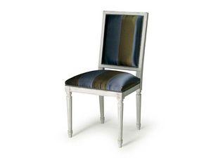 Art.102 chair, Chaise avec rembourrage pour les salles à manger