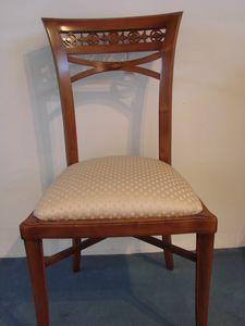 Art. 120, Chaise style Empire avec siège rembourré