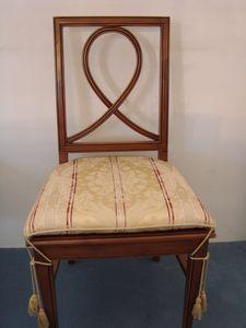 Art. 121, Chaise à manger avec siège rembourré
