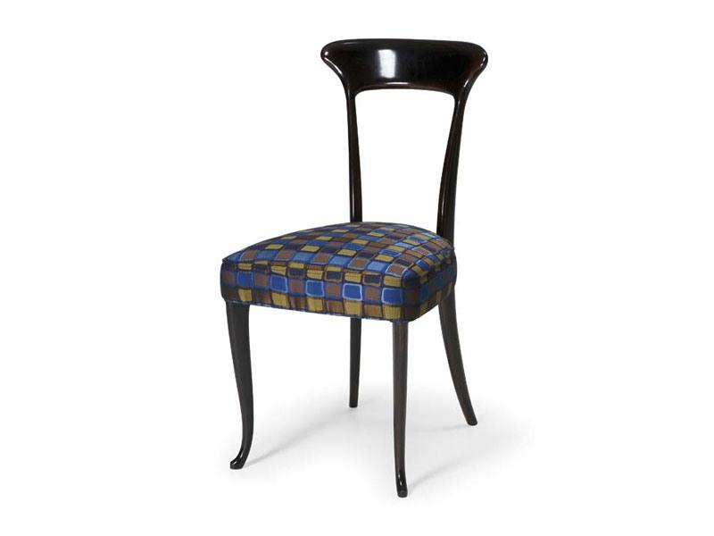 Art.190 chair, Chaise de style classique en hêtre avec siège rembourré
