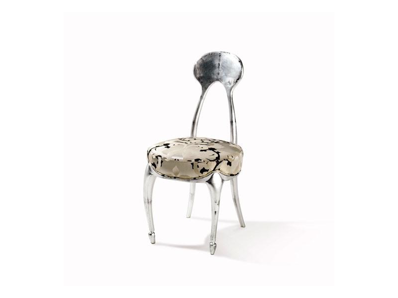 Art.242 chair, Chaise de style classique avec siège rembourré