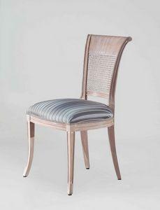 S18, Chaise de style classique avec dossier en rotin