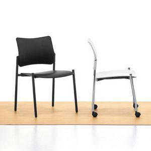 Urban Plastic 01, Chaise en acier empilable, assise et dossier en polypropylène