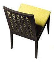 D04, Simple chaise en bois massif, pour les cantines