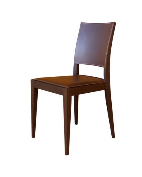 M17, Chaise en hêtre, assise et dossier recouvert de cuir