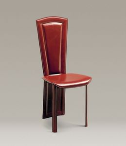 Imperiale, Le dos de la chaise en cuir est tout en un avec les pattes arrière