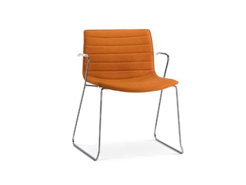 Catifa 53 0227, Chaise luge de base avec accoudoirs, en métal, rembourrés