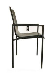NU, Chaise en métal et cuir, avec porte-sac
