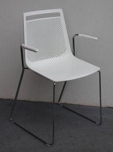 Akami SS, Chaise avec luge en acier, avec accoudoirs