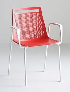 Akami TB, Chaise avec bras, les jambes en métal et coque en plastique