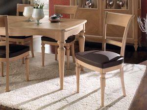 Chanel chaise, Chaise à manger en bois