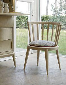 Udinì chaise, Chaise en frêne