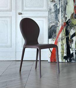 ZAR, Chaise entièrement recouverte de cuir