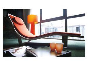 Boomerang, Chaise longue en bois massif, couvercle amovible
