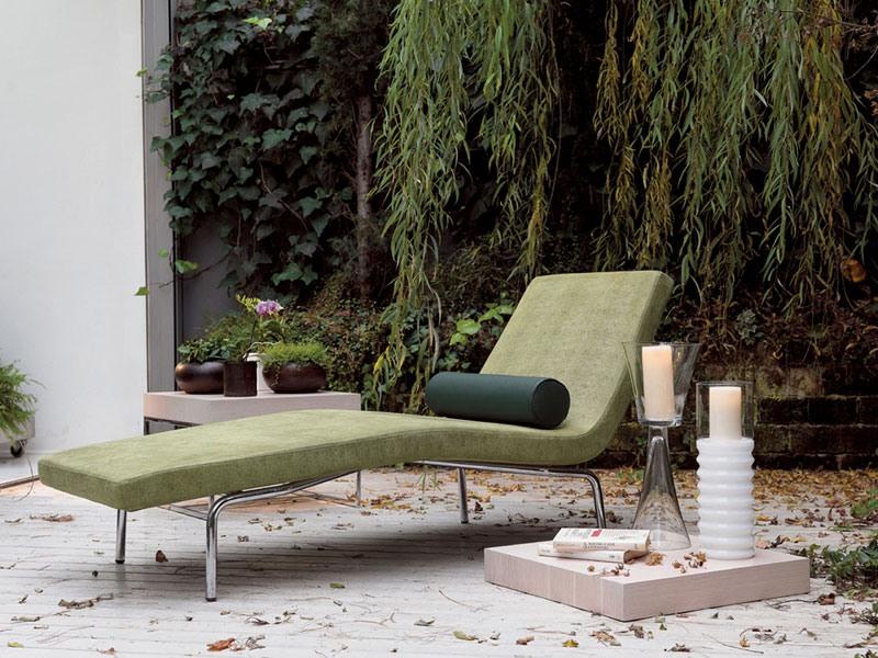 York, Des chaises longues avec coussin de dossier, pour les spas