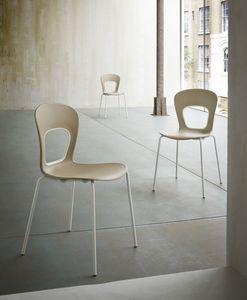 Blog, Chaise avec siège en plastique, pour la pâtisserie à la mode