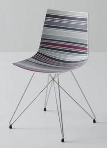 Colorfive TC, Chaise avec base en métal, enveloppe de polymère multicolore