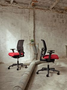Omnia 01, Chaises de bureau de design