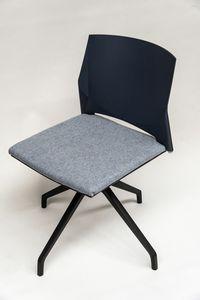 TREK 039X, Chaise pivotante avec assise rembourrée