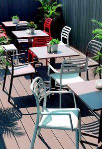 9675 Costa, Chaise en plastique pour bar extérieur