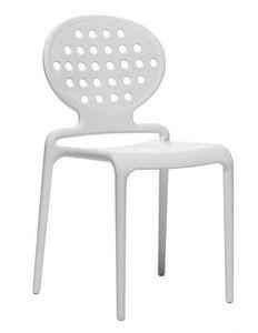 Colette, Chaise moderne en technopolimery pour l'extérieur